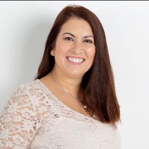 Sandra Da Silva Creasey profile picture smiley